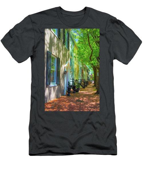 Walking On Duke Street Men's T-Shirt (Athletic Fit)