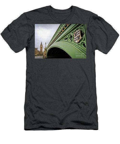 Westminster Bridge Men's T-Shirt (Athletic Fit)
