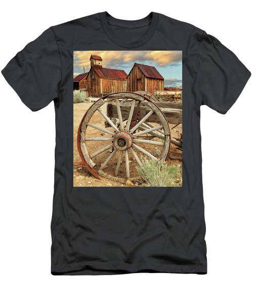 Wheels And Spokes In Color Men's T-Shirt (Athletic Fit)