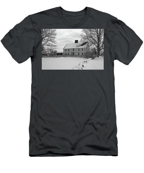 Winter At Noyes House Men's T-Shirt (Athletic Fit)