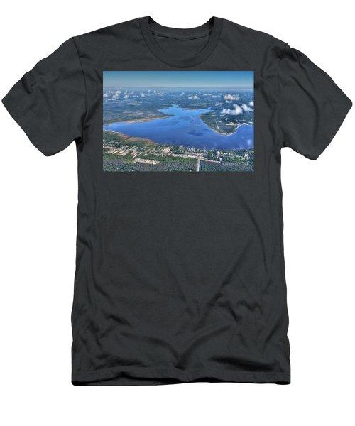 Wolf Bay Alabama Men's T-Shirt (Athletic Fit)