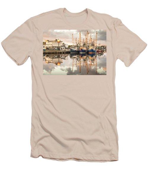 Bayou La Batre' Al Shrimp Boat Reflections 40 Men's T-Shirt (Athletic Fit)