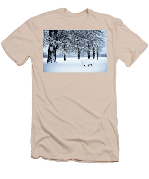 Bench In Snow Men's T-Shirt (Athletic Fit)