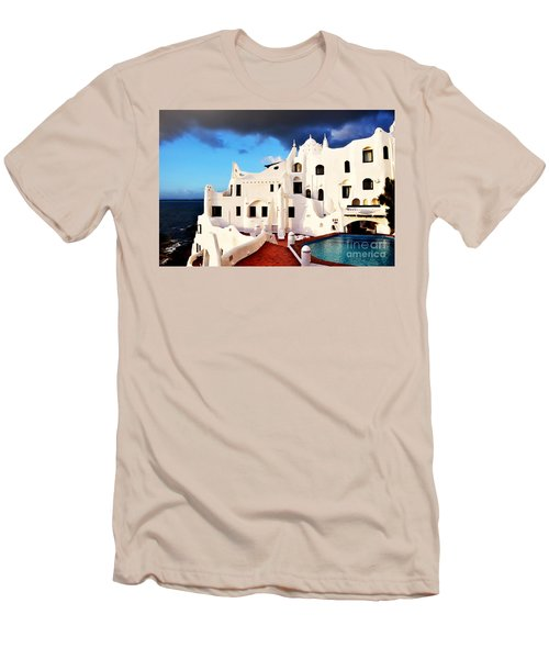 Casa Pueblo Al Mar Men's T-Shirt (Athletic Fit)