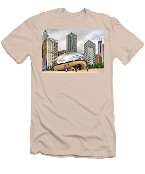 Cloud Gate In Chicago Men's T-Shirt (Athletic Fit)