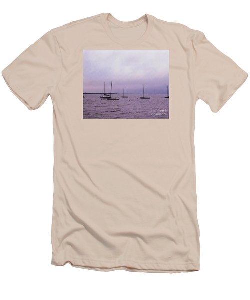 Delaware Harbor Men's T-Shirt (Athletic Fit)