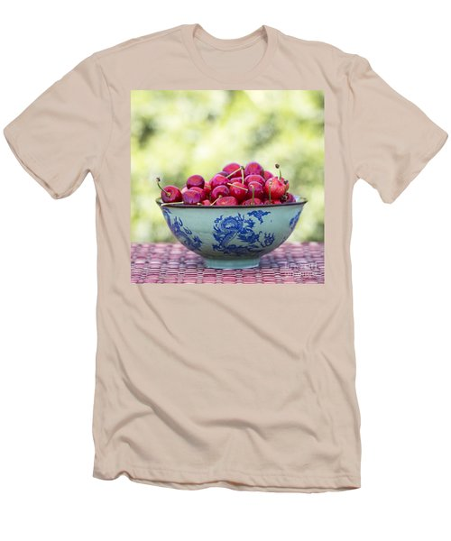 Men's T-Shirt (Slim Fit) featuring the photograph Delicious by Linda Lees