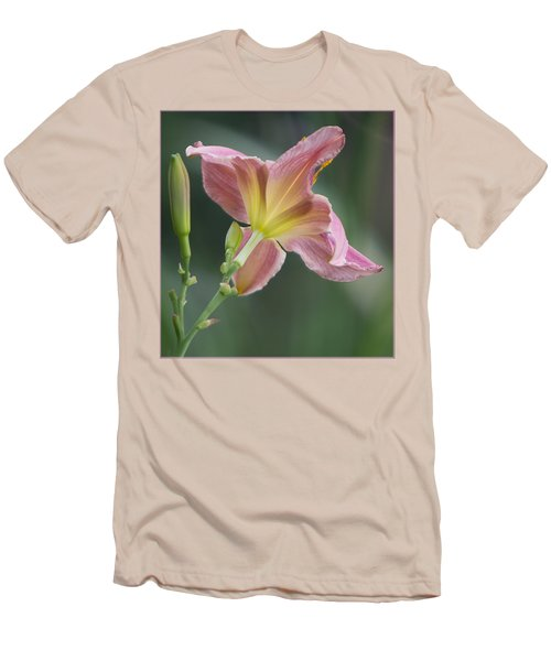 Men's T-Shirt (Slim Fit) featuring the photograph Dreamy Daylily by Patti Deters