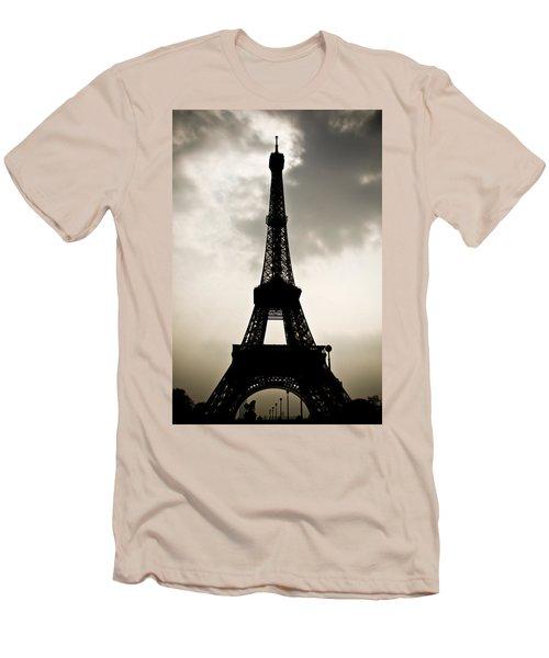 Eiffel Tower Silhouette Men's T-Shirt (Athletic Fit)