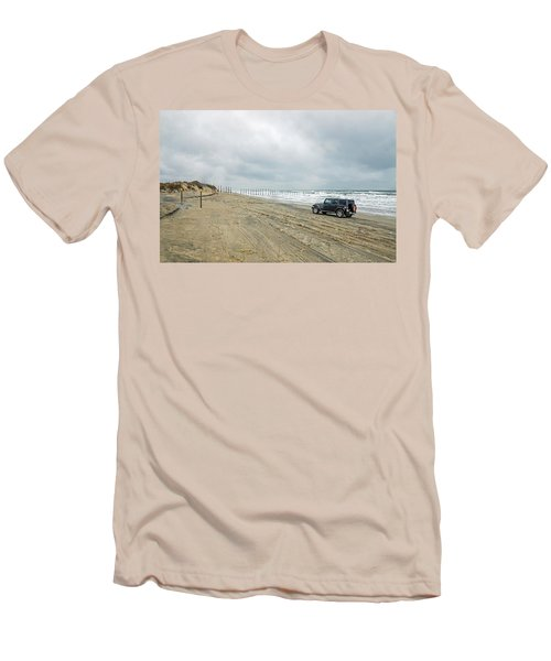 End Of The Road Men's T-Shirt (Slim Fit)