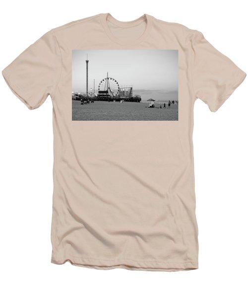 Funtown Pier - Jersey Shore Men's T-Shirt (Athletic Fit)
