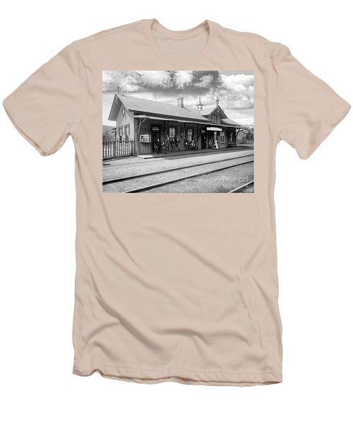 Garrison Train Station In Black And White Men's T-Shirt (Athletic Fit)