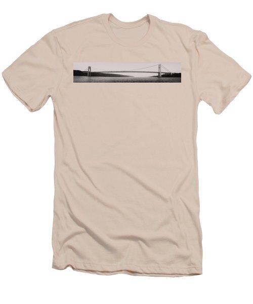 George Washington Bridge Panoramic Men's T-Shirt (Athletic Fit)