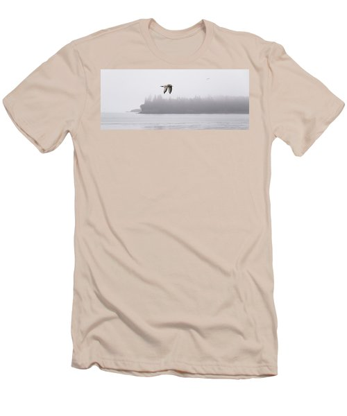 Gull In Flight Men's T-Shirt (Athletic Fit)