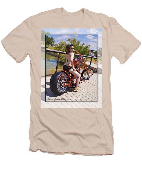 H-d_d2 Men's T-Shirt (Athletic Fit)