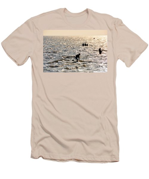 Hoping For A Catch Men's T-Shirt (Athletic Fit)