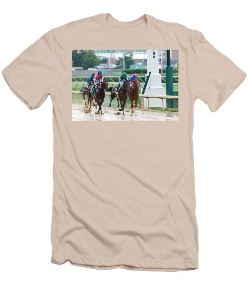 Horse Races At Churchill Downs Men's T-Shirt (Athletic Fit)