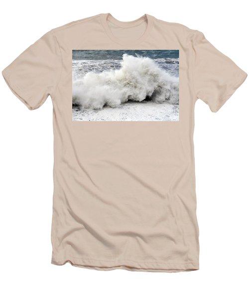 Huge Wave Men's T-Shirt (Athletic Fit)