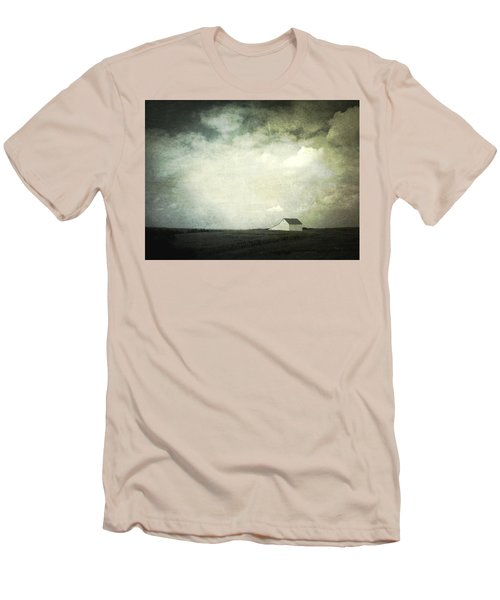 Lancaster Ohio Barn 3 Men's T-Shirt (Slim Fit) by Cynthia Lassiter