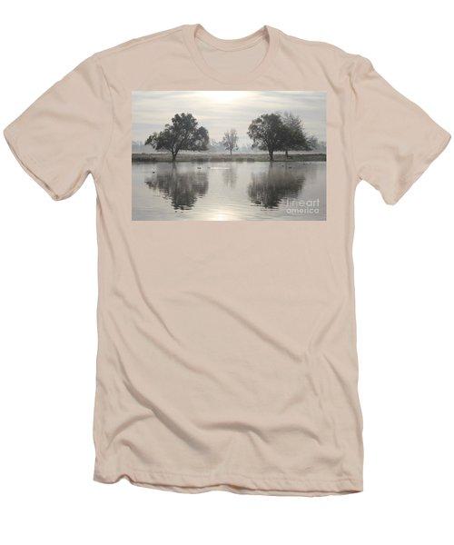 Misty Morning In Bushy Park London 2 Men's T-Shirt (Athletic Fit)