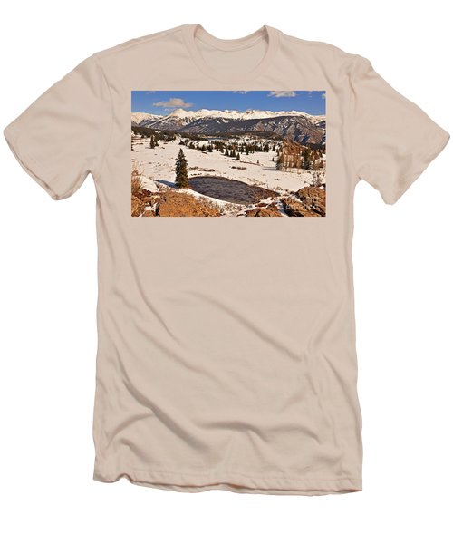 Molas Pass Winter Men's T-Shirt (Athletic Fit)