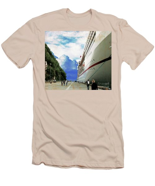 North To Alaska Men's T-Shirt (Athletic Fit)