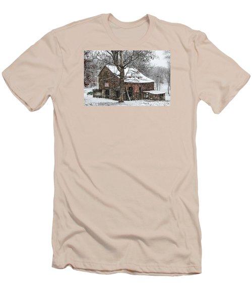 Patriotic Tobacco Barn Men's T-Shirt (Athletic Fit)