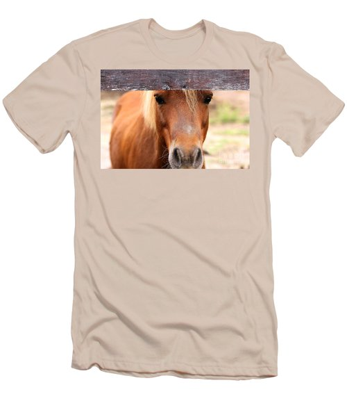 Peaking Pony Men's T-Shirt (Athletic Fit)
