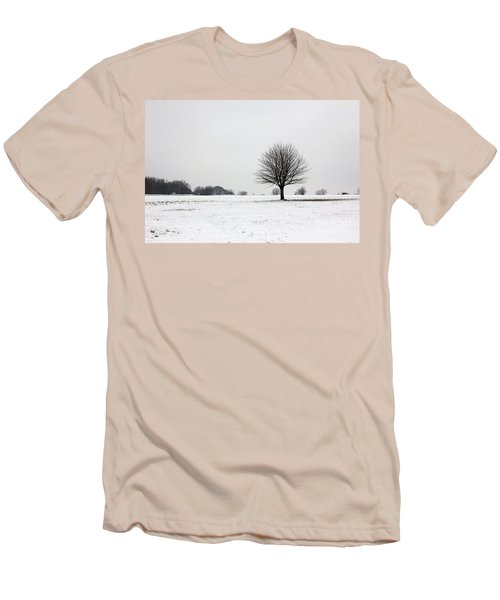 Snow On Epsom Downs Surrey England Uk Men's T-Shirt (Athletic Fit)
