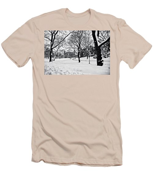 Snow Scene  Men's T-Shirt (Athletic Fit)