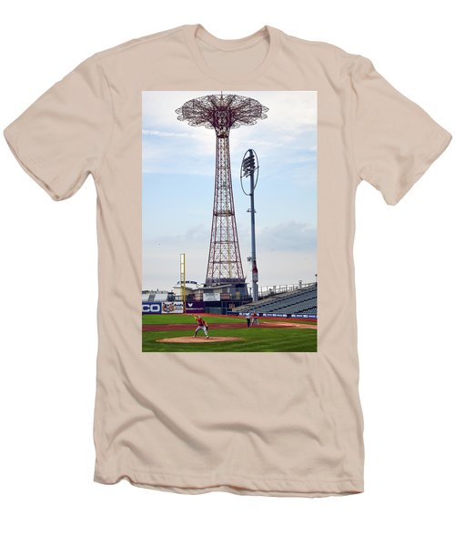 13 Year Old Pitching At Coney Island Cyclones Stadium Men's T-Shirt (Athletic Fit)