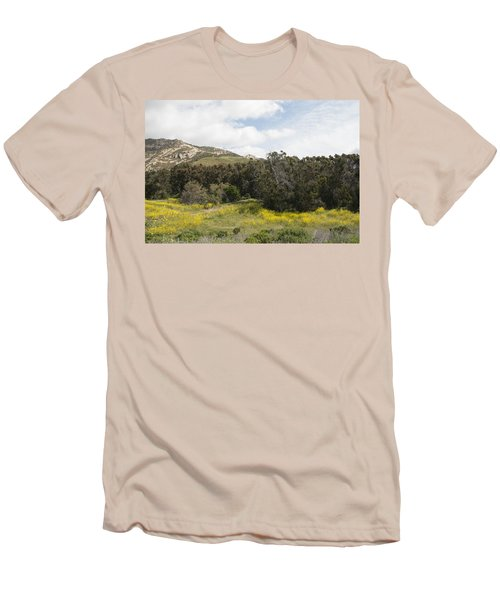 California Hillside View IIi Men's T-Shirt (Athletic Fit)