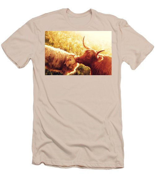 Fenella With Her Daughter. Highland Cows. Scotland Men's T-Shirt (Slim Fit) by Jenny Rainbow