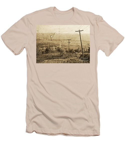 Vintage View Of Ontario Fields Men's T-Shirt (Athletic Fit)
