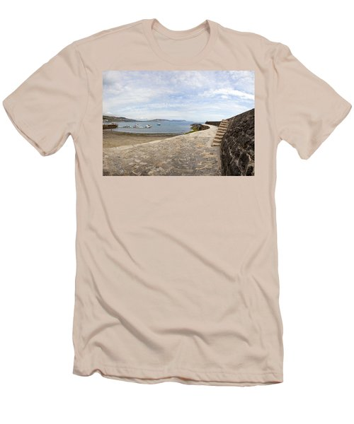 Harbour Wall Lyme Bay Dorset Men's T-Shirt (Athletic Fit)