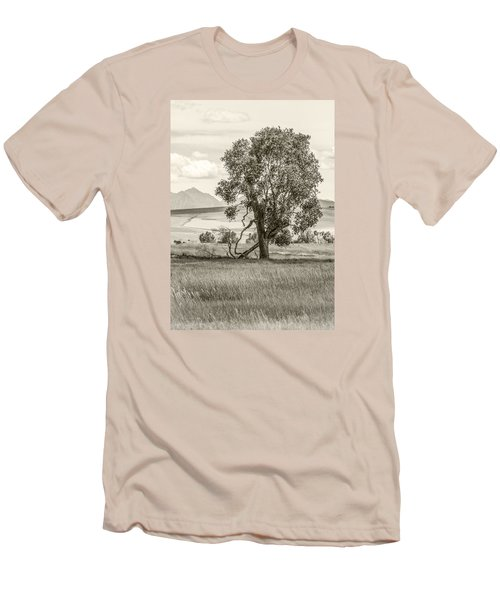 #0552 - Southwest Montana Men's T-Shirt (Athletic Fit)