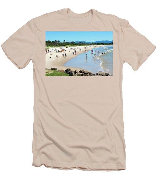Byron Bay Main Beach Men's T-Shirt (Athletic Fit)