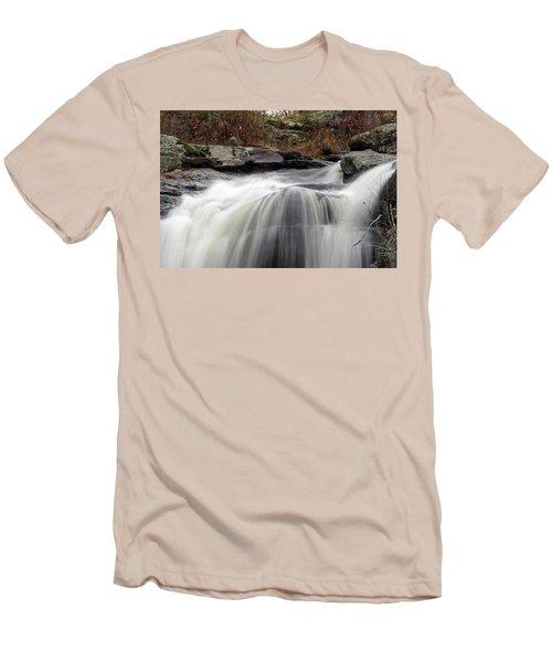 Chapman Falls 3 Men's T-Shirt (Athletic Fit)