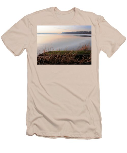 Hudson River Vista Men's T-Shirt (Athletic Fit)