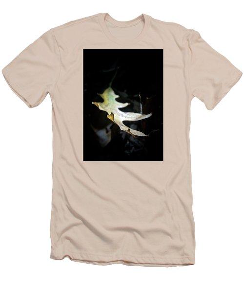 The Leaf Men's T-Shirt (Slim Fit) by Tim Good