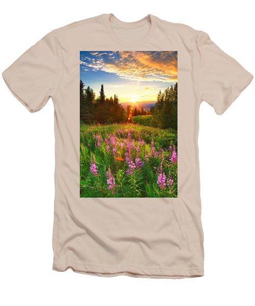 Alaska Field Men's T-Shirt (Athletic Fit)