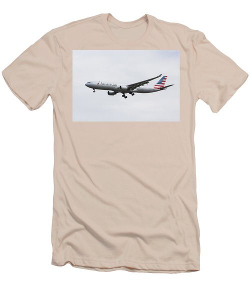 American Airlines Airbus A330 Men's T-Shirt (Athletic Fit)