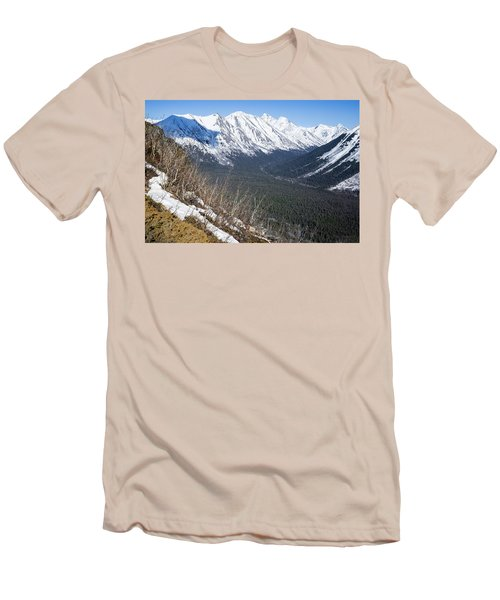Beckoning Valley Men's T-Shirt (Athletic Fit)