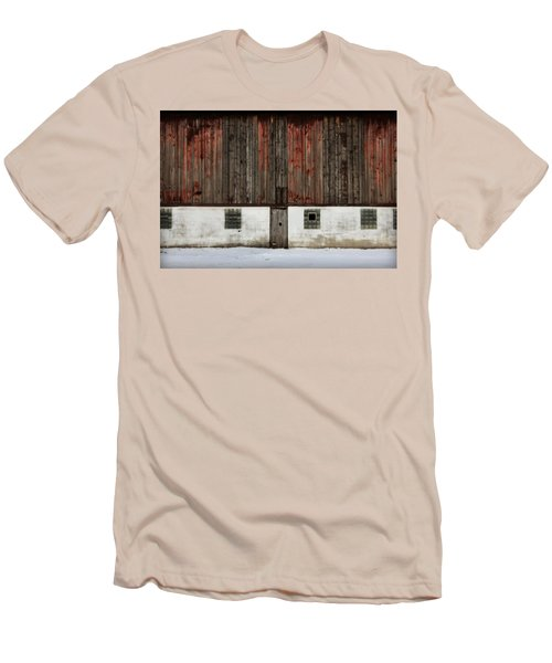 Broad Side Of A Barn Men's T-Shirt (Slim Fit) by Julie Hamilton