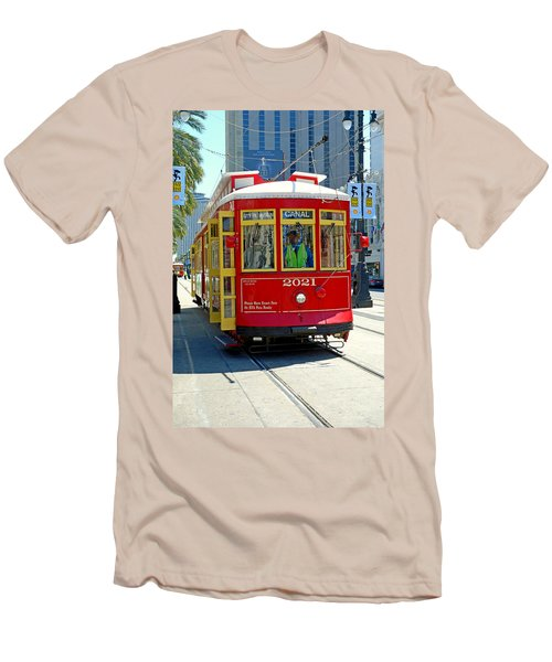 Canal Street Cable Car Men's T-Shirt (Athletic Fit)