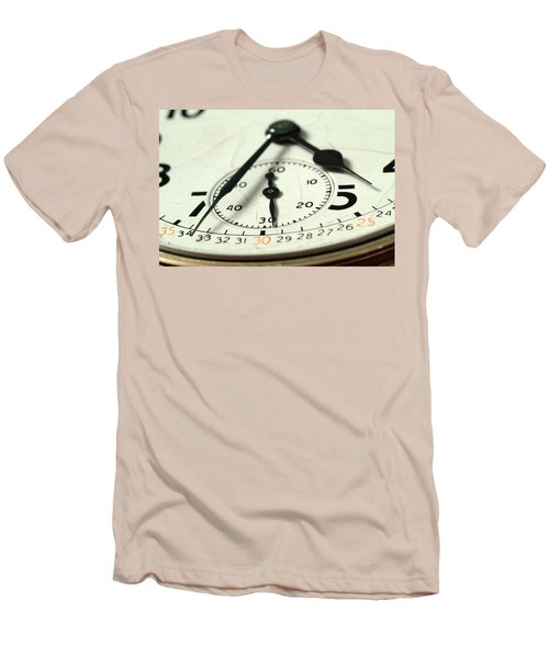 Captured Time Men's T-Shirt (Athletic Fit)