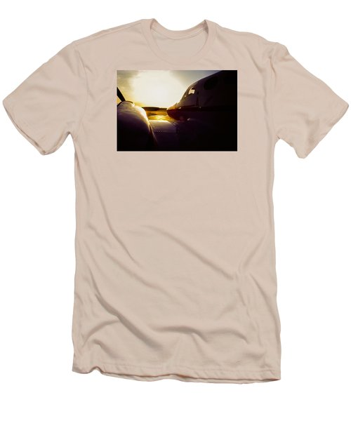 Cessna 421c Golden Eagle IIi Silhouette Men's T-Shirt (Athletic Fit)
