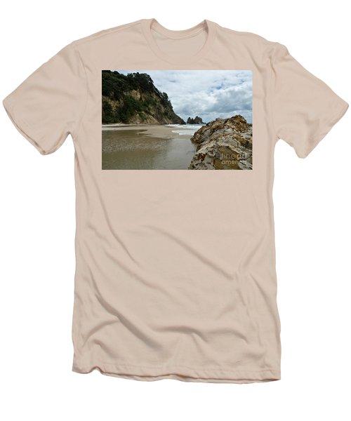 Coromandel, New Zealand Men's T-Shirt (Slim Fit) by Yurix Sardinelly