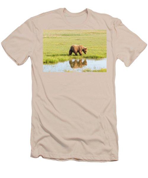 Cub Reflection Men's T-Shirt (Athletic Fit)