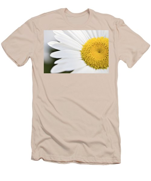 Daisy Men's T-Shirt (Slim Fit) by Marlo Horne